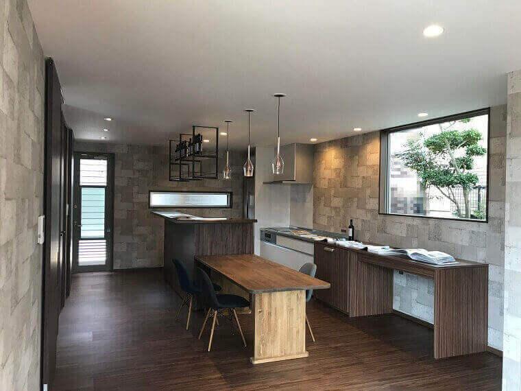 「路地のある家」キッチンダイニング2