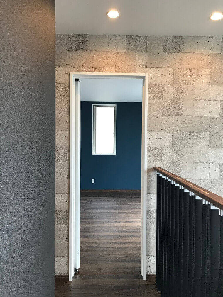 「路地のある家」2階廊下