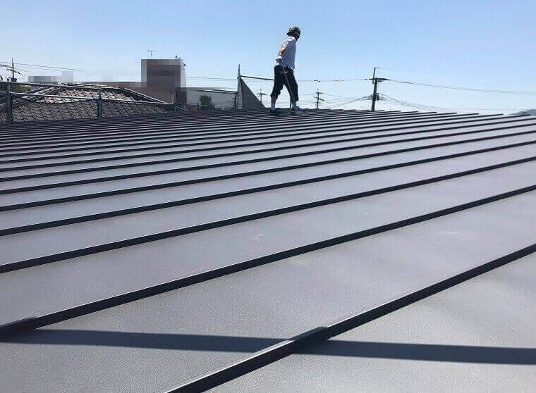屋根サイディング敷