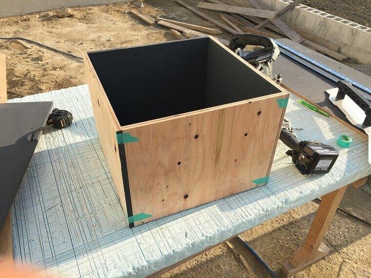 セメント鉢プランター製作工程2